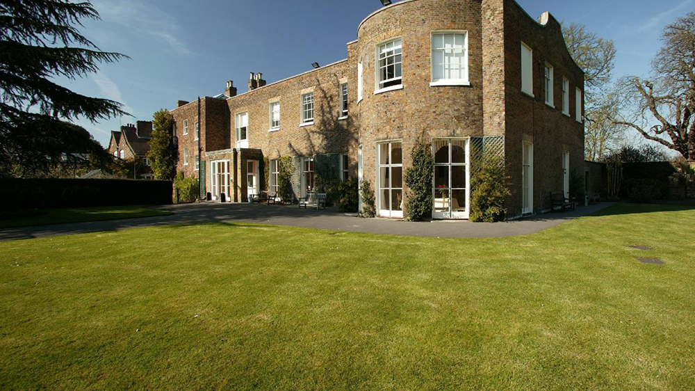 Cambridge Cottage, Kew Gardens